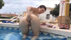 My Dirty Hobby - Lucy_juicy Fingerficken im Pool