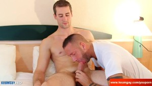 An innocent str8 room service serviced his big cock by a guy!