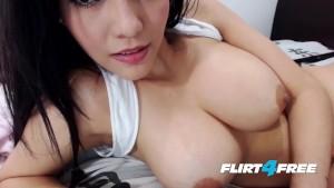 Stunning Asian Beauty Micha La