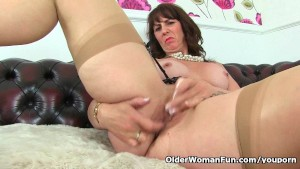 Scottish milf Toni Lace talks dirty and strips off