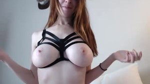 Tattoed redhead in pretty lingerie masturbating LIVE