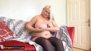 EuropeMature BBW Sami busty mature solo