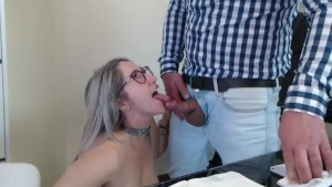 Secretary getting a cumshot in the office...