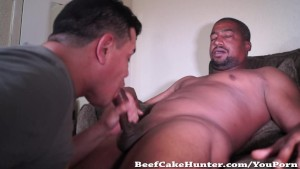 Sexy blatino got the cock sucking he deserves