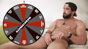 Maskurbate Bearded Quebecois Hunk Plays Sex Game