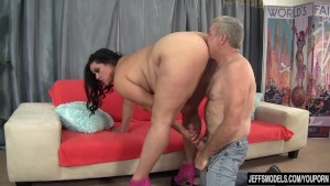 sexy chubby mom penetrated hard – Free Porn Video