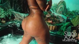 pumpkin butt babe shakes ass naked