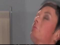 Brunette doing Gynecolog!