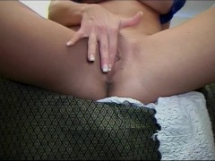 Raquel will talk dirty and show you naught things