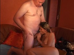 Pasty dude fucks hottie in the orange room