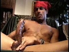 Doo Rag Thug Jerks His Huge Cock - Encore Video