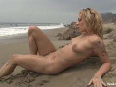 Dahlia Sky Nude