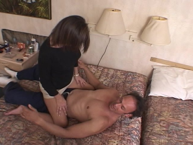 Hotel Room Fuck With The Mistress - World Planet