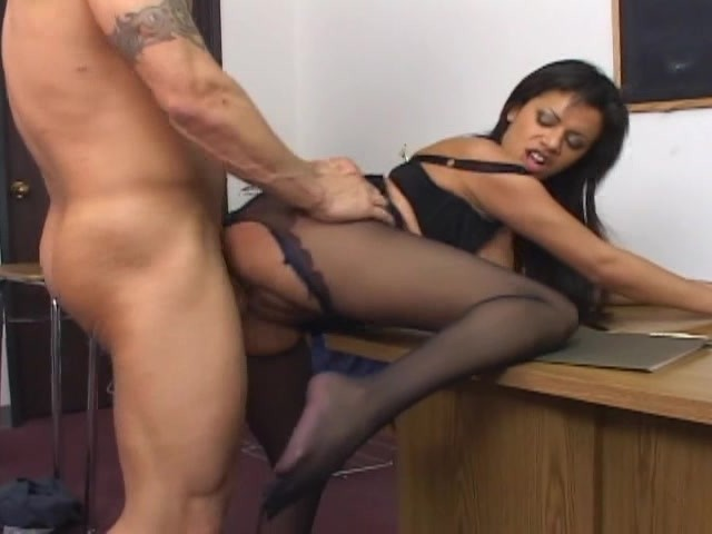naked nudy sexy beutifull woman having sex