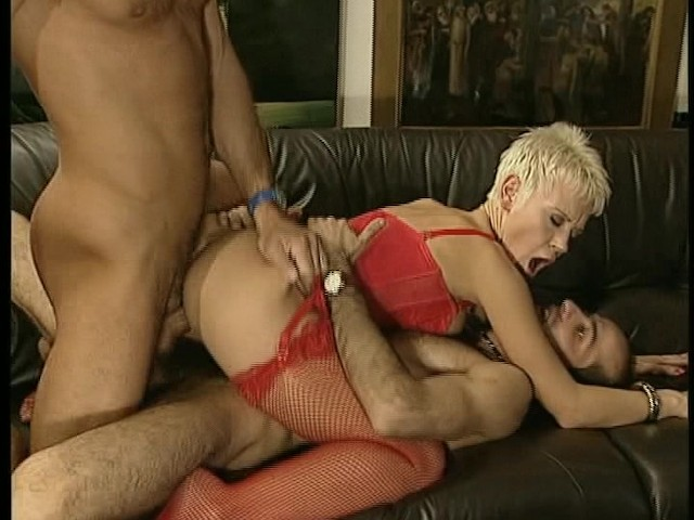 cock Blonde hottie sucking