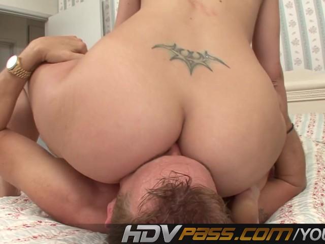 sara yunge nude photo