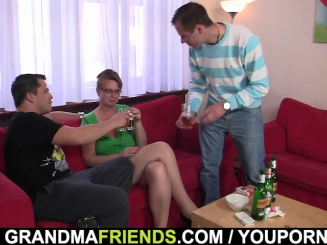 two-guys-enjoy-fucking-hot-old-women
