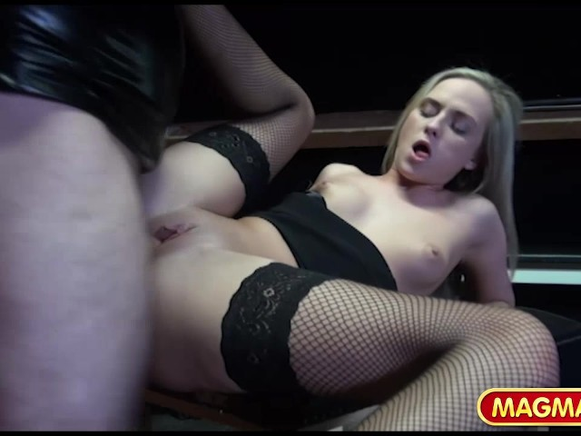 domina praha porn czech
