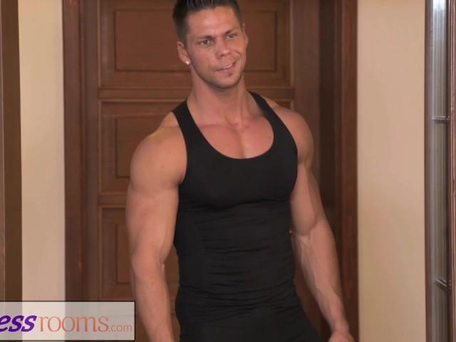 fitness-rooms-petite-ballet-teachers-secret-threesome