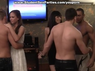 massage-turns-into-threesome-at-student-party