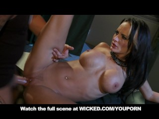 alektra-blue-gets-wrecked-hard-on-couch