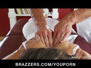 flexible-yoga-milf-jenni-lee-is-fucked-by-her-massage-therapist