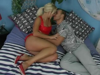 Hot blonde gets banged mavenhouse...