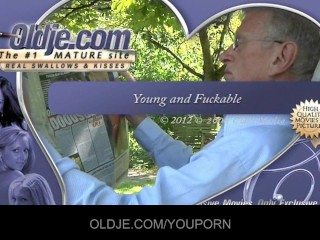 Young Nasty Blonde Seduce An Old Guy...