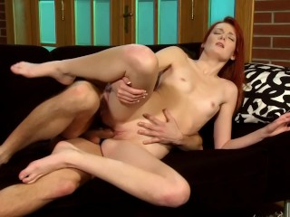 sexy-redhead-gets-wild---playvision