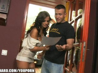 beautiful-russian-wife-fucks-the-salesman-paid-to-deliver-her-car