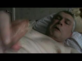 Russian video guy jerking in bed and finished condom alvinn...