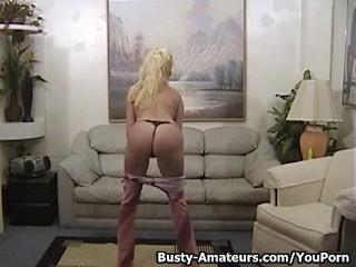 busty-mariah-lynn-strips-and-masturbates