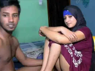 Indian Hidden Cams Movies www.sabinakhan.co.in...