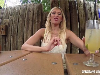 Hot blonde wishes she had more...
