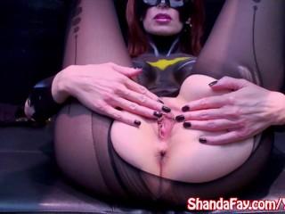 sexy-milf-shanda-fay-dressed-as-slutty-batwoman.