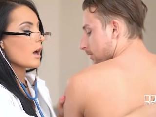 beautiful-doctor-nymphomaniac-sex-machine