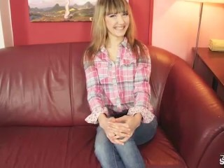 Petite blonde tricked into suck and fuck at casting...