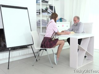 Student paris devine fucked by teacher...