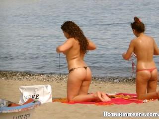 Topless bikini girlsvoyeur hiddencamera...